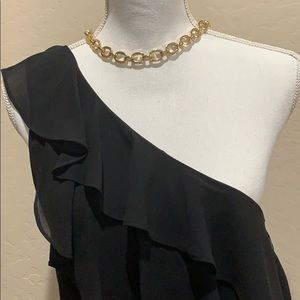 XOXO Tops - XOXO off the shoulder blouse size M NWT